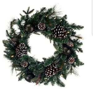 "Bethlehem Lights 24"" Jingle Bell Wreath"